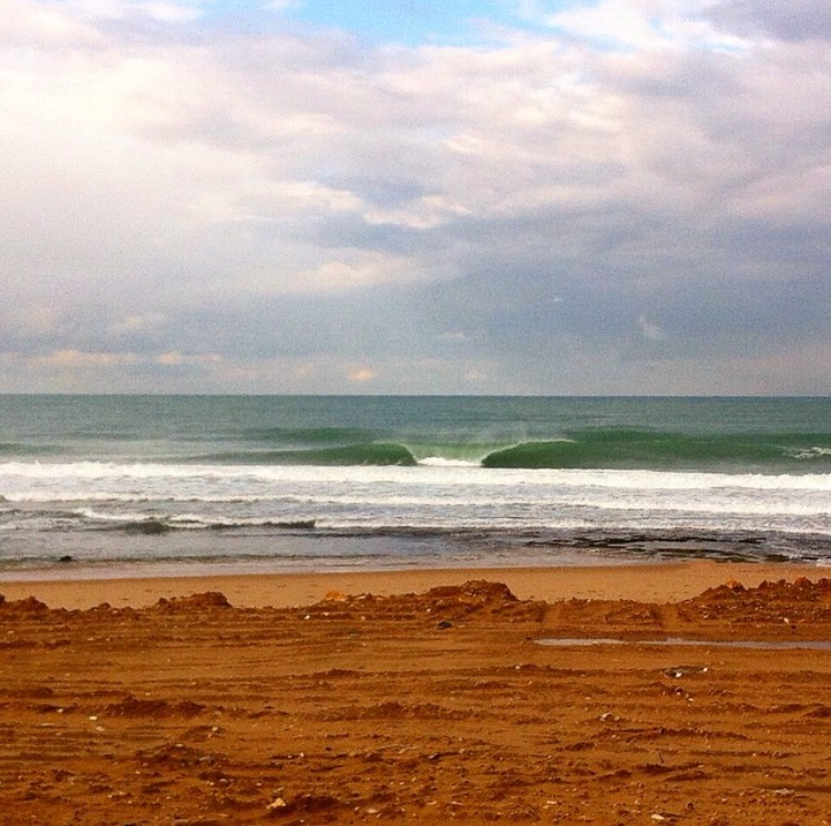 Perfect A frame peak somewhere in Lebanon Photo: Surf Lebanon @surflebanon